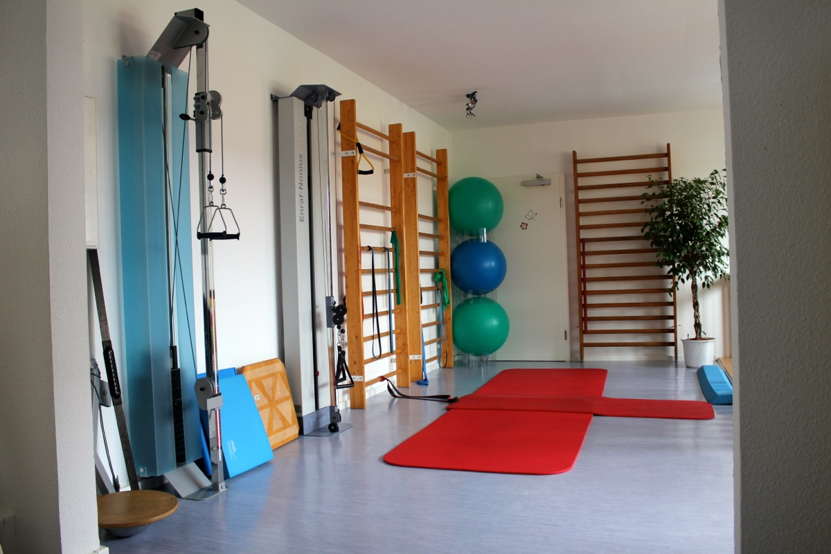 fotogalerie praxis f r physiotherapie j rgen skalec in berlin buch. Black Bedroom Furniture Sets. Home Design Ideas
